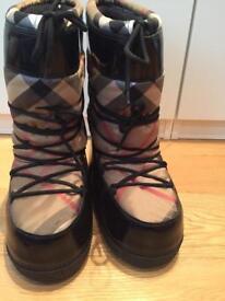 Burberry Snow boots original size uk 7-8.5