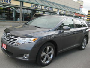 2011 Toyota Venza, AWD, Leather, Camera, Panoramic Sunroof, Mint