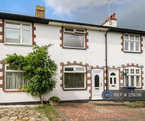3 bedroom house in Duncombe Road, Berkhamsted, HP4 (3 bed)