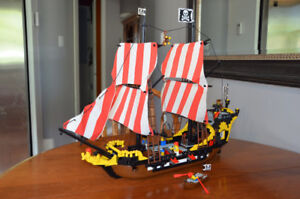 Lego Black Seas Barracuda Pirate Ship