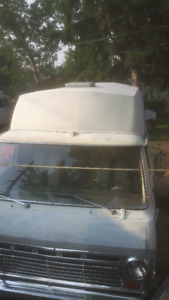 70Ford 200 insulated camper van 302 or 2006  G35 $4400