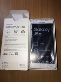 Samsung j5 16gb white dual sim brandnew