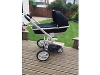 Quinny Mood Carry Cot and Pushchair