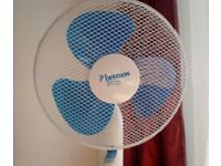 Bestron - large powerful Floor Standing Fan with box and manual