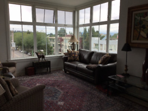 Beautiful 3 Bedroom Penthouse in the Heart of Kitsilano