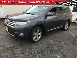 2012 Toyota Highlander V6, Sunroof, Third Row Seating, AWD