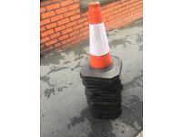 8x small road cones