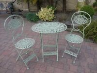 Garden Table and Chairs Green Colour