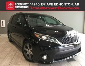 2017 Toyota Sienna SE Premium | Pwr Heat Seats | Nav | Leather