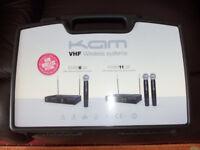 KAM KWM11 Twin Dual Handheld VHF Wireless Radio Microphone Mic System Inc Case.