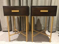 2 bedside tables, in very good condition just like new