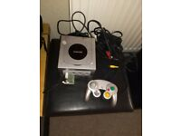 Nintendo GameCube With 4 Games