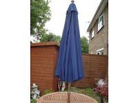 Heavy Duty hardwood garden parasol 2.8m