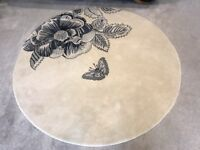 Sanderson etching and rose ivory rug