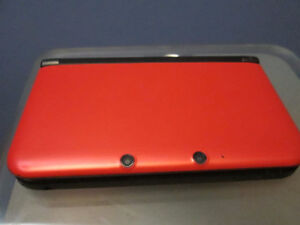 Nintendo 3DS XL + 4 Games