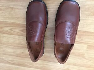 Brand New Ladies Leather Shoes