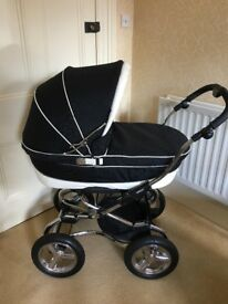 BRAND NEW IN BOX VERY CLASSY BEBECAR PRIVE PRAM /PUSHCHAIR ON USED CHASSIS