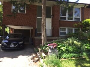 3 bdrm main flr unit of a house at Don Mills/York Mills $1995+