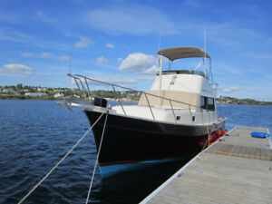 1982 Mainship Trawler Excellent Condition