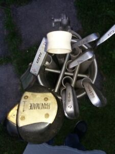 Men's Pro-Master R/H Golf clubs and bag
