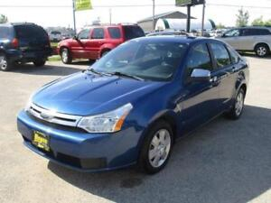 2009 FORD FOCUS SE, HEATED SEATS, SAFETY AND WARRANTY $5,450