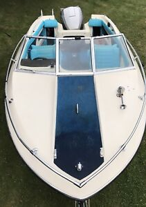 1976 Reinell boat