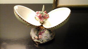 collectible items decorativa boxes  & vases, musical egg  etc...