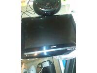 "Toshiba lcd 19"" tv dvd combi"