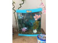 Finding nemo / dory fish tank