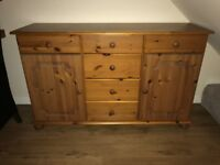 Chest of drawers/ cabinet