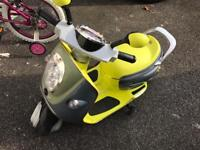 Ride on motorcycle kids 6v £60 ono