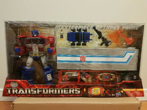 BRAND NEW SEALED & NEVER OPENED Optimus Prime MP-10 Masterpiece