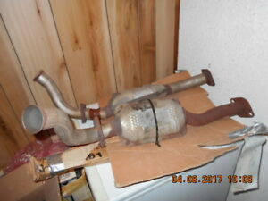 Ford Convertisseurs catalytiques / Ford Catalytic Converter