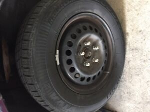 Wheels (steel) 4 ''like new'' 15'' - 5 bolts + Tires 205/70/15