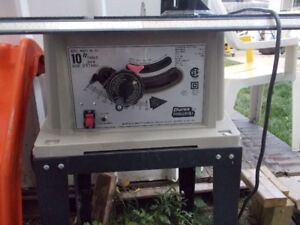 TABLE SAW FOR SALE.