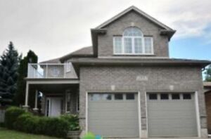MOVE-IN READY!! GORGEOUS CUSTOM 2-STOREY-ALL BRICK/CARPET-FREE
