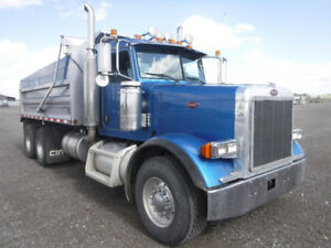 2007 Peterbilt 379 T/A Gravel Truck-Selling UNRESERVED-Sept 12th