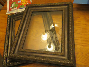 2 Picture Frames/glass in Antique Finish-Brown/bronze
