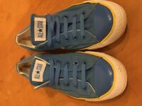 blue converse AllStars trainers - Size 8