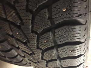 Winterclaw Extreme Grip 235/70R16 - Studded