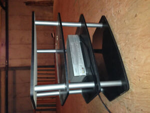 Small TV table/stand