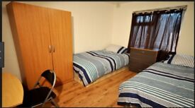 AMAZING DOUBLE BEDROOM IN THE HEART OF THE CITY OF LONDON