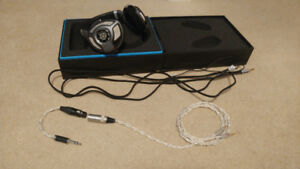Sennheiser HD 700 Excellent Condition *SOLD*