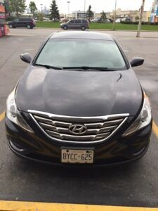 2013 Hyundai Sonata GLS Sedan in gr8 condition! Test drive it!!