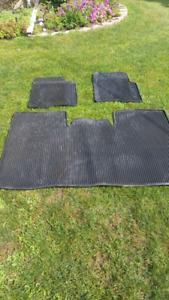 2011 Ford F150 floor mats $100