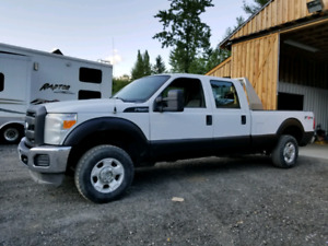 2011 Ford F250 crew cab long box 4x4
