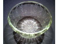 VINTAGE PYREX JELLY MOULD