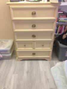 Made in Canada 2 Dresser set + matching bedside table + mirror