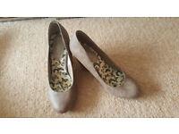 New Look Ladies Wedge Heel Khaki Shoes Size 5 38 New