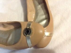 Tommy Hilfiger beige shoes , great conditions